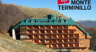 Terminillo grazioso bilocale con balcone, panoramico, termoautonomo